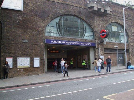 Heathrow Taxi Transfer To London Bridge Station